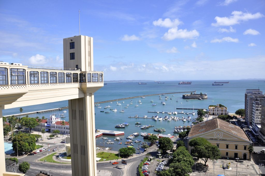 Elevador Lacerda - onde ficar na Bahia
